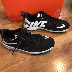 Nike Team Hustle D 7 Low Size 6Y